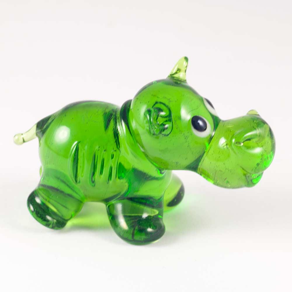 Бегемот зеленый веселый Животные