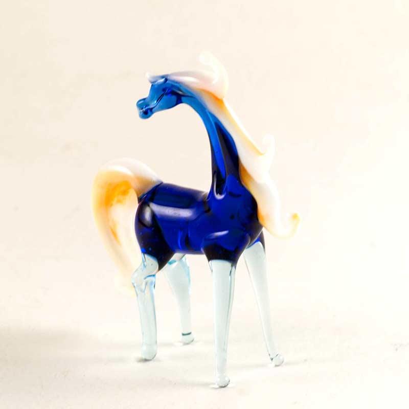 Синяя лошадка Животные