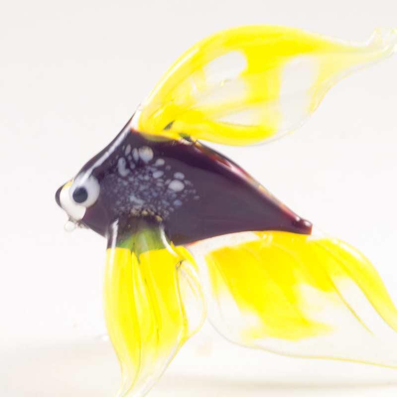 Фигурка рыбка желтая Рыбы