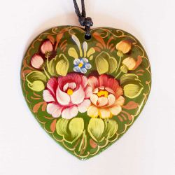 Кулон цветы на зеленом фоне, фото 1