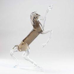 Конь  коричневый на дыбах, фото 1